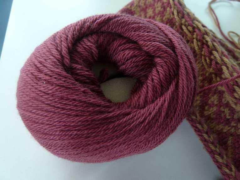 Yarn sponge